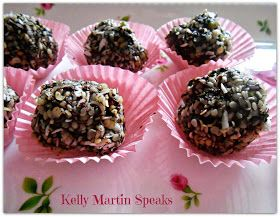 Raw Hempseed Dark Chocolate Truffles