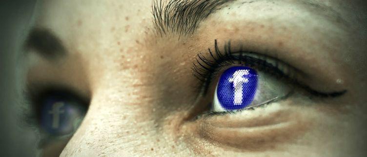 Facebook-eyes-social-media-conflict