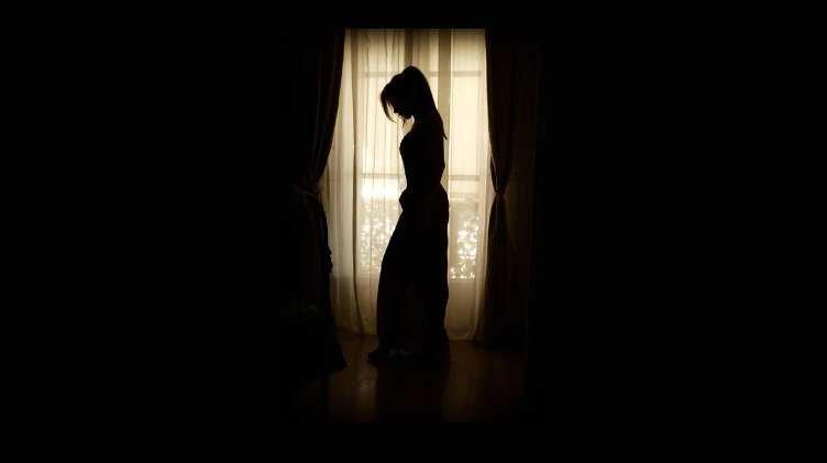 woman darkness